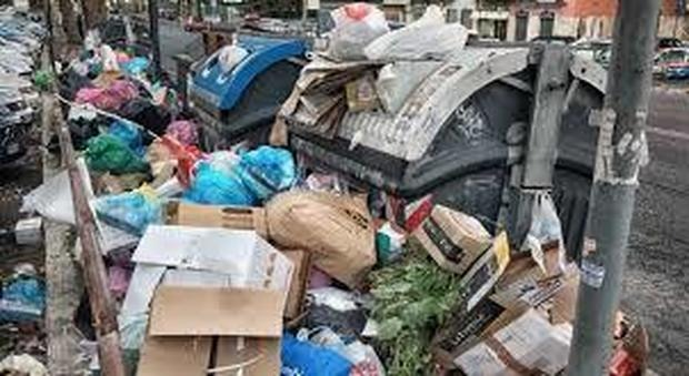 Bomba della discarica Sicula Trasporti sull'appalto rifiuti della città di Catania