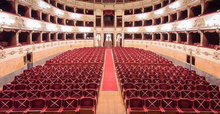 Castello Ursino giovedì 17 settembre incontro con Chiara Donà dalle Rose